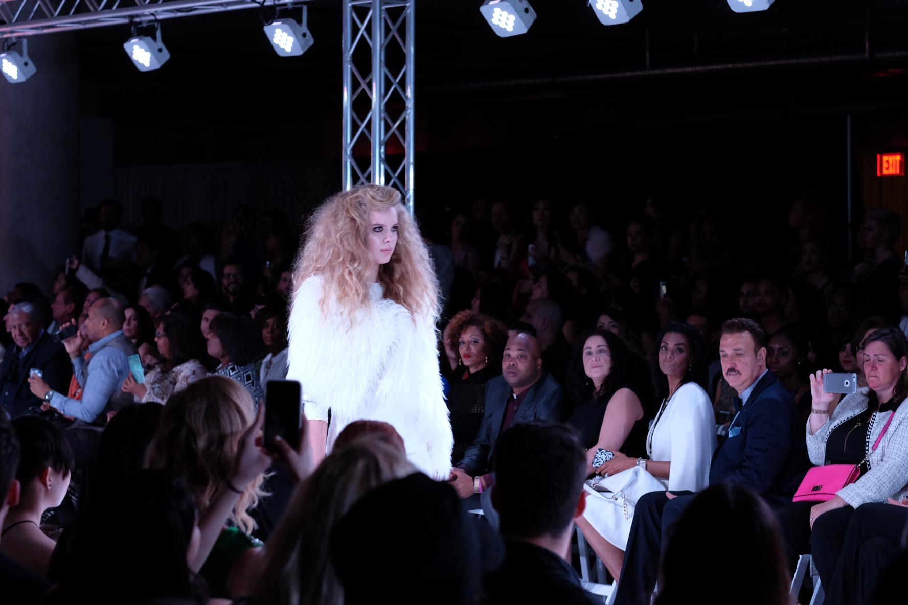 LAFW F/W16 Designer: Dena Burton Lead Hair: Luxelab Editorial Director Jen Beckerman Photo: Liz Abrams